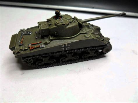 Flames of war Painted captured Sherman Firefly vc - YouTube