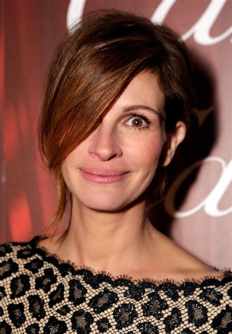 Did Julia Roberts Pull Off This Unusual Hairstyle? | Glamour