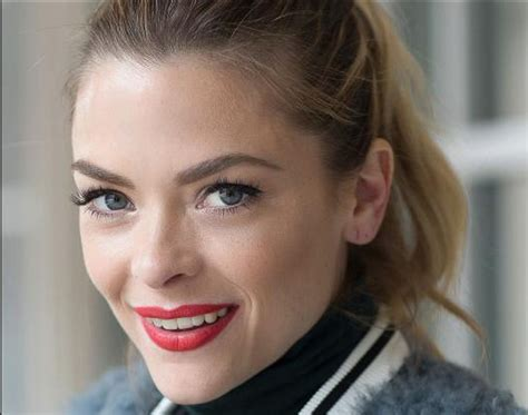 Jaime King Pics, Net Worth, Private Life, TV Series And