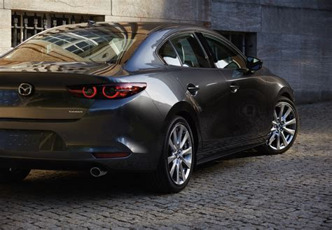 It's officially official: 2021 Mazda 3 adds two new