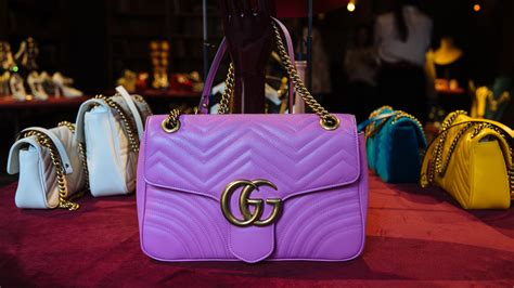 Your First Look at Gucci's Fall/Winter 2016 Bags, Shoes
