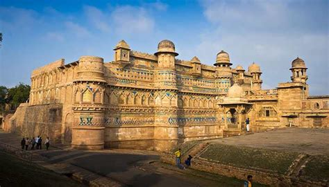 Gwalior Fort Timings, Entry Fee, Best Time to Visit