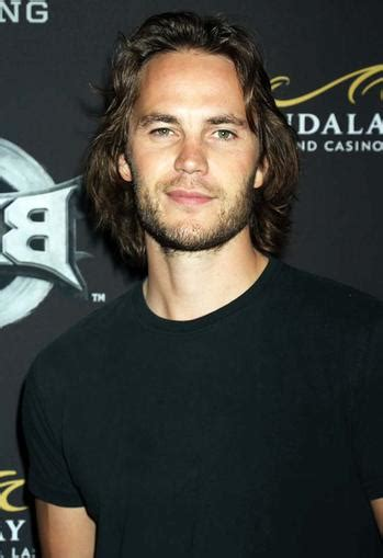 Taylor Kitsch Net Worth - Celebrity Sizes