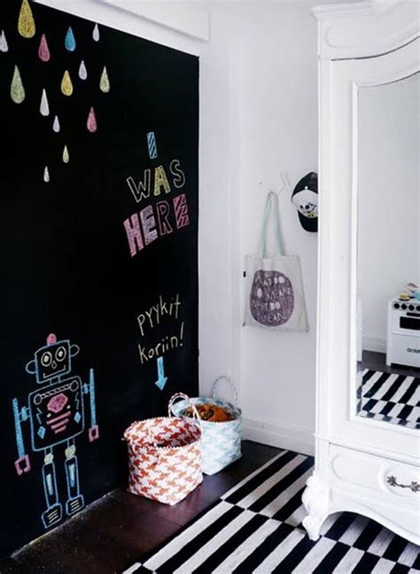 33 Awesome Chalkboard Décor Ideas For Kids' Rooms - DigsDigs