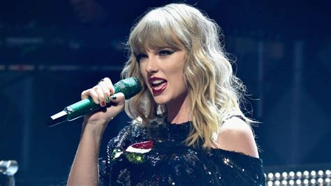 Taylor Swift Teases Crazy Confetti and Costumes for