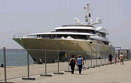 BEST PHOTOS WAR: Super Boats and Mega Yachts - Picture gallery