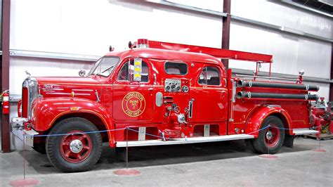 1960 Mack Model B-125 Fire Truck 03 | Photohraphed at the
