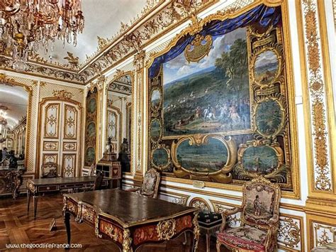 Beautiful chateu of Chantilly, France | Views of the world